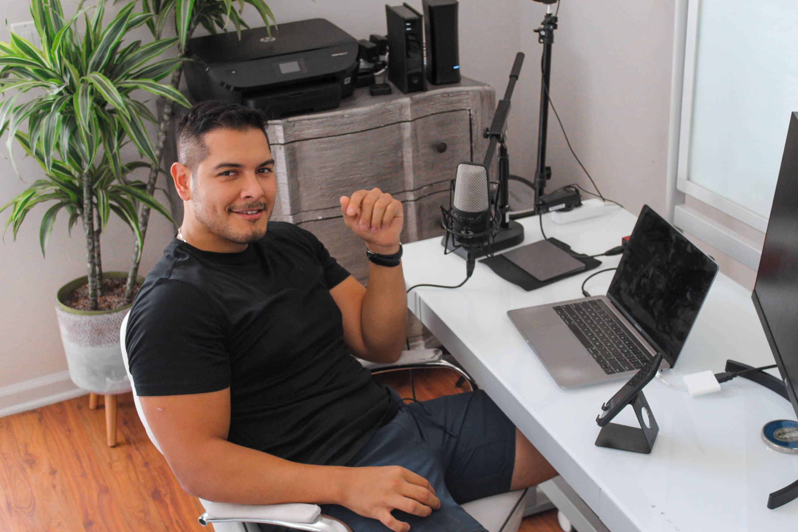 Jon Torres Working